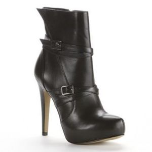 Rock & repuplic kashmere ankle boots